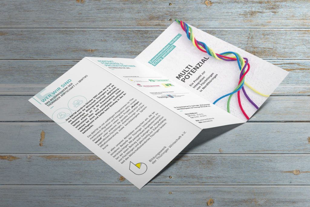 03-tri-fold-brochure-a4