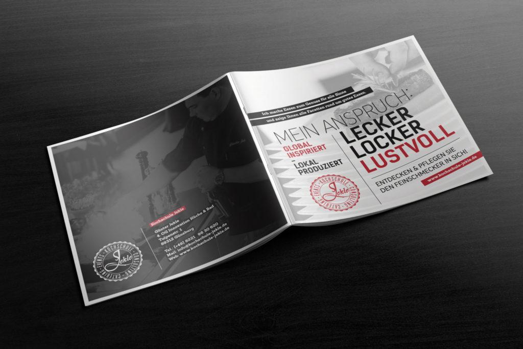 04-square-brochure-mockup