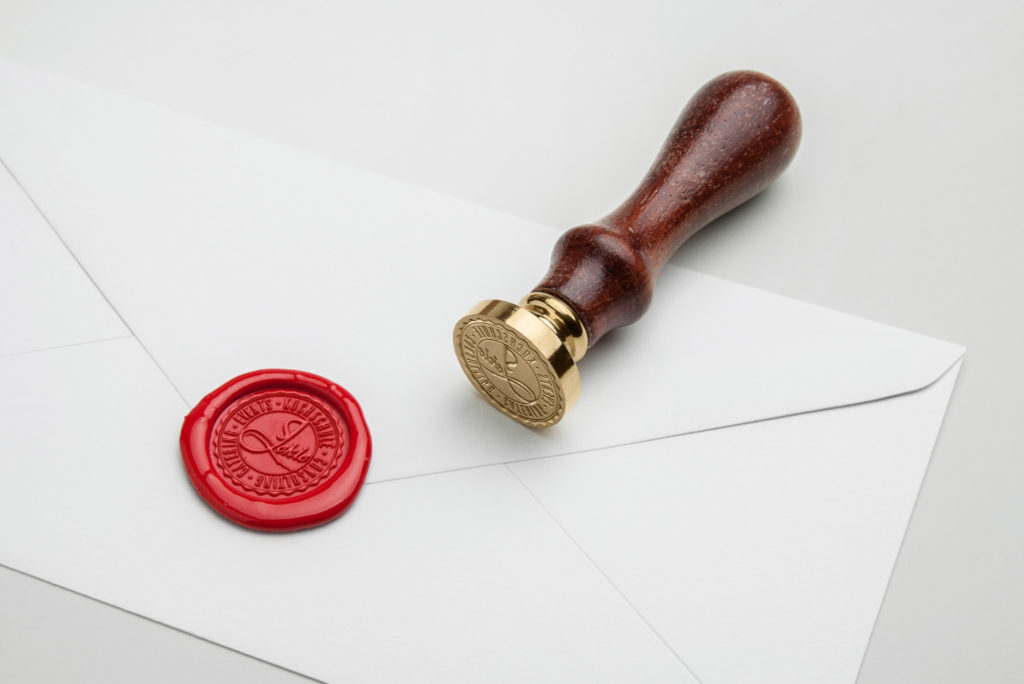 06-wax-seal-stamp-psd-mockup